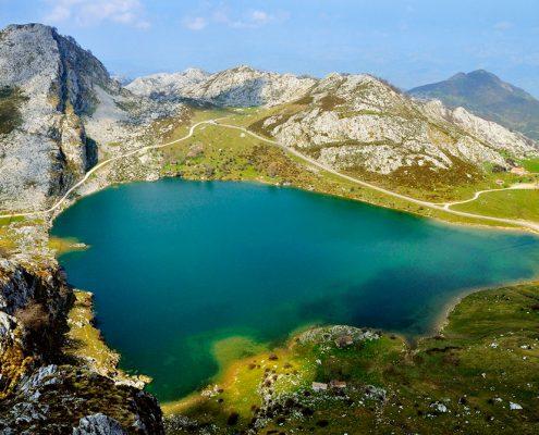 Covadonga y los Lagos, Lago Enol, Parque Nacional de Picos de Europa