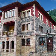 Alojamientos en Picos de Europa - Hostal Peña Santa