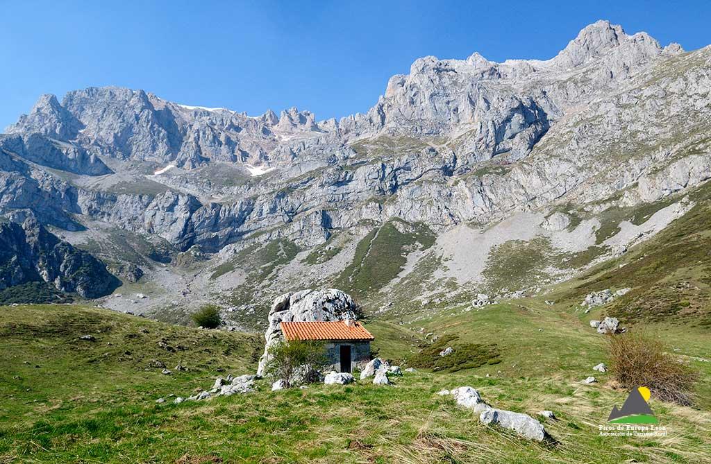 Excursiones por Picos de Europa - PR PNPE 12 - Vega de Llos